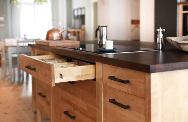 Impressionen: Küchenschrank